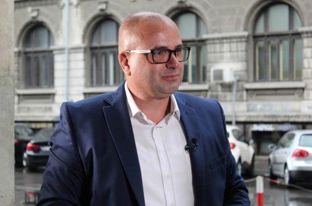 Cu Mircea Scheau despre securitatea informatică și superficialitate