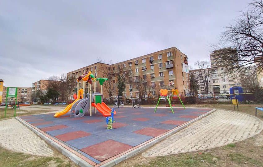 Lucrari de modernizare la locurile de joaca din Targu Jiu