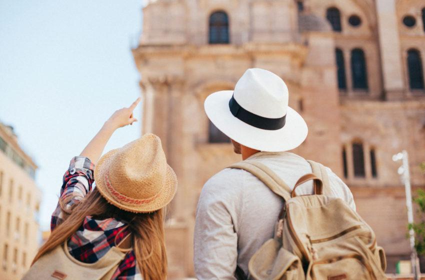 Dertour a dat startul targului de turism online