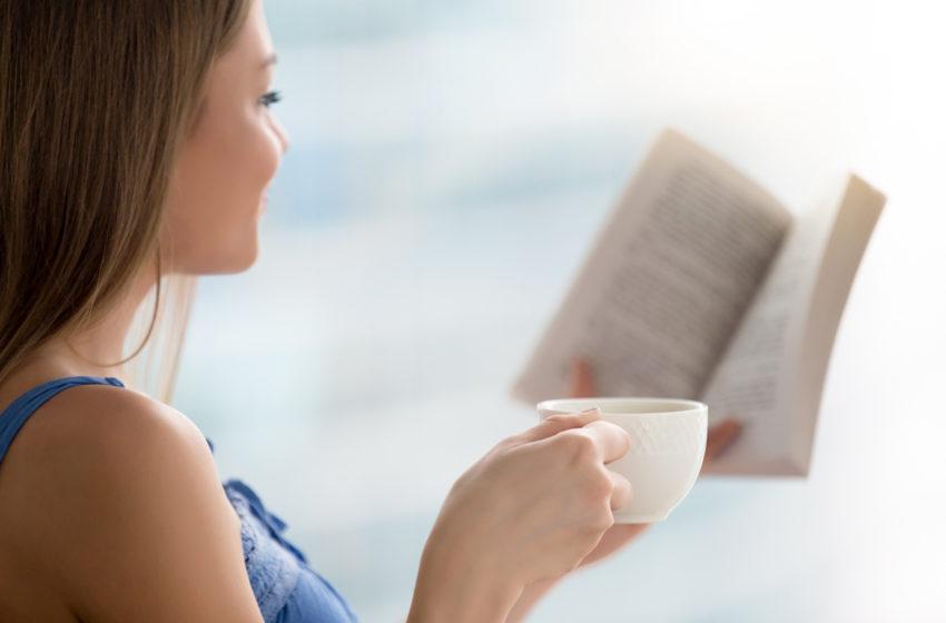 """""""Blind Date with a Book"""" la Shopping City Targu Jiu"""